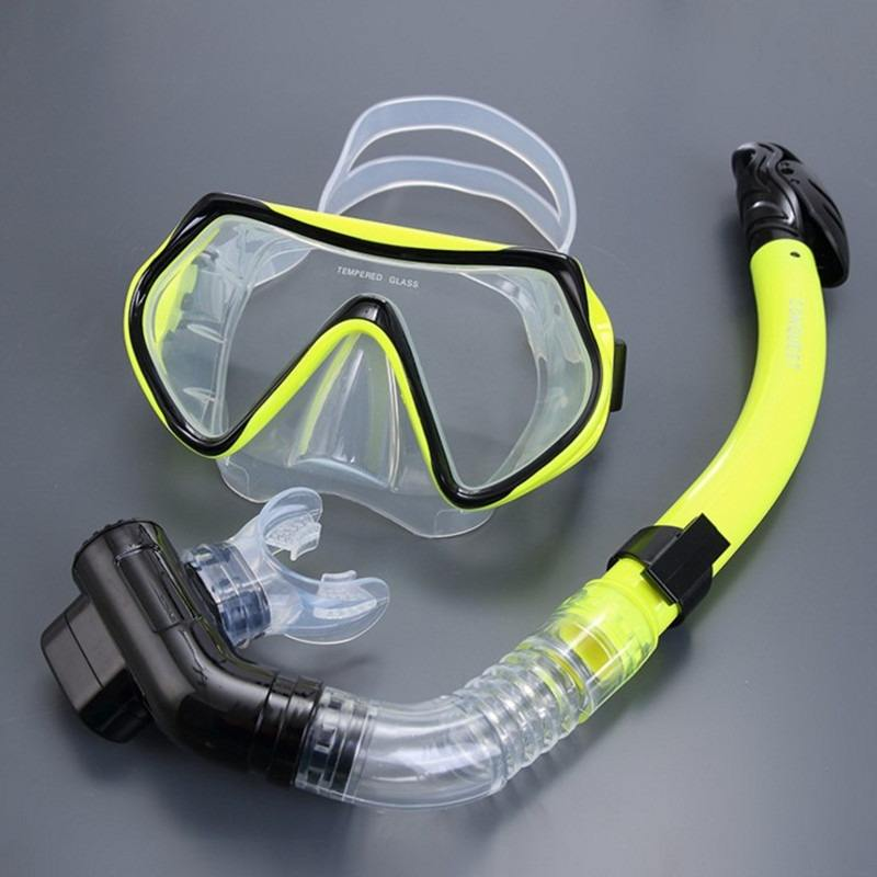 Silicone Underwater Scuba Diving Swimming Snorkeling Mask and Snorkel Set. Made of high grade silicone and designed for optimum viewing